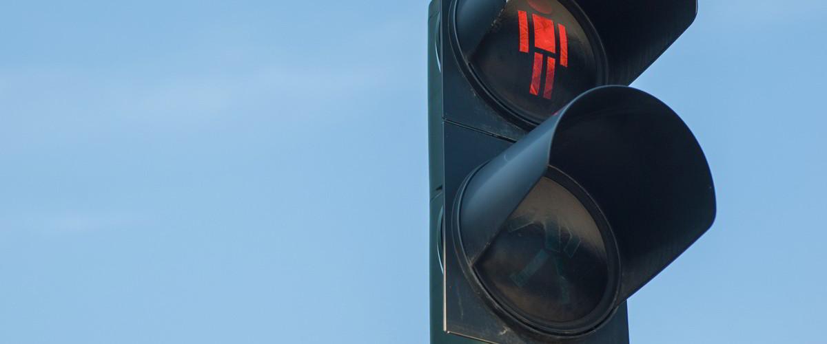 czerwone światło STOP