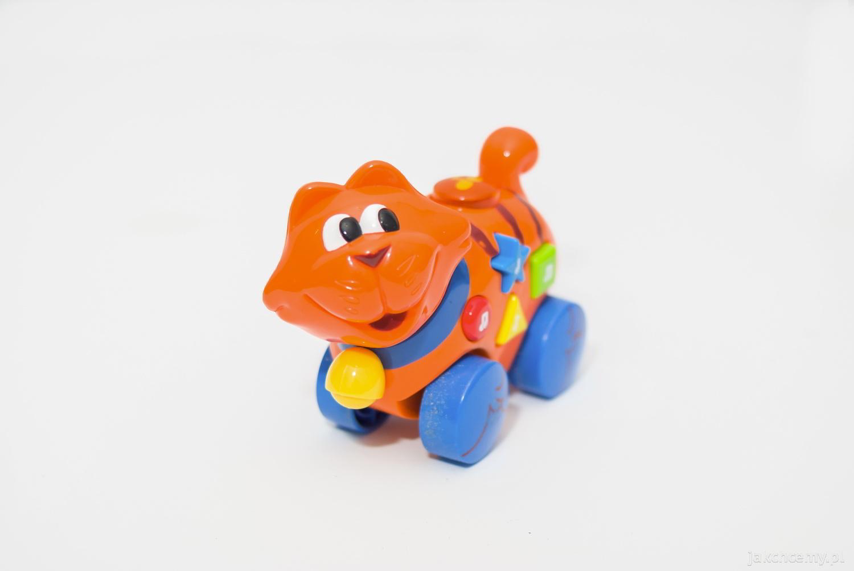 Kotek zabawka