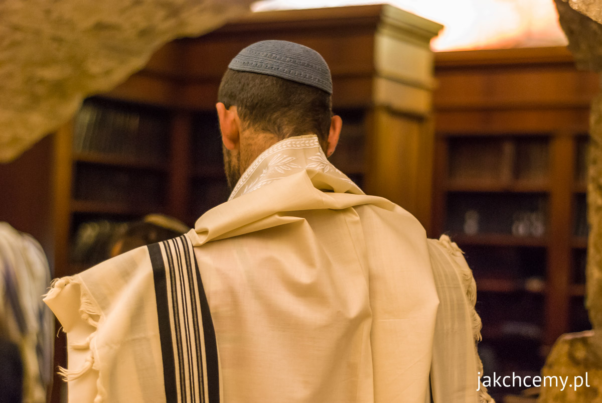 Jerozolima Ściana Płaczu szaty tradycyjne