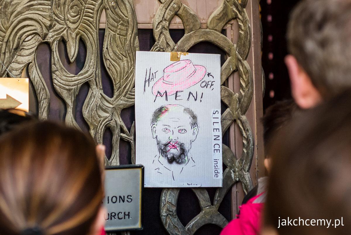 Jerozolima, kartka przy wejściu do kościoła