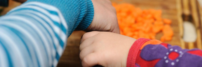 Dziecko i nóż